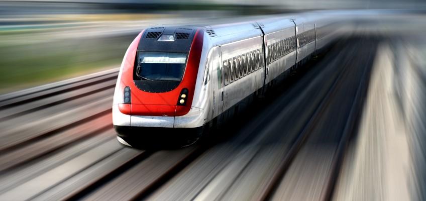 Tåg i rörelseoskärpa